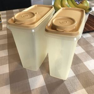 Vintage Tupperware 3qt containers